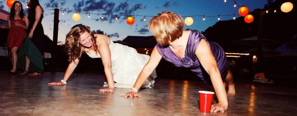 bride-push_ups-with-mom_wedding-fitness-plan_workout